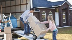 5 Simple Tips To Make DIY Moving Easier