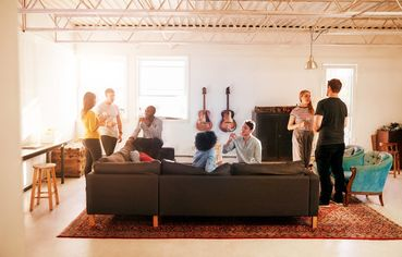 Are Housewarming Parties Tacky? And Other Sticky Questions of New Homeowner Etiquette
