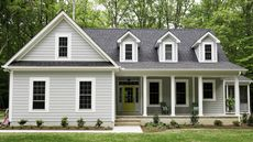 American Farmhouse vs. Modern Farmhouse: What's the Difference?