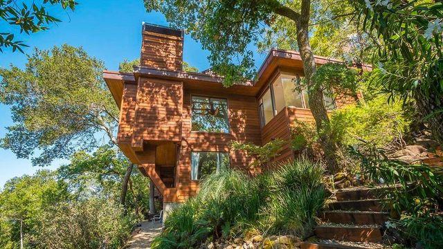 Actress Renee Wilson Lists Modern Marin County Retreat for $1.7M