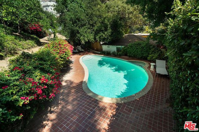 Pool at Heather Graham House