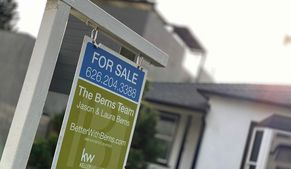 U.S. Pending Home Sales Fall 1.1% in October as Higher Prices Discourage Buyers