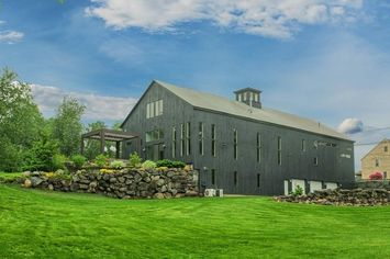 Former Dairy Barn in Massachusetts Transformed Into Modern Mansion