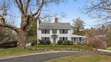 A Lakefront Colonial Estate Built in 1672 Is the Week's Oldest Listing