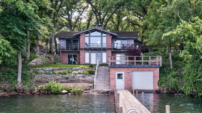 Home with a boat garage in Spirit Lake, IA