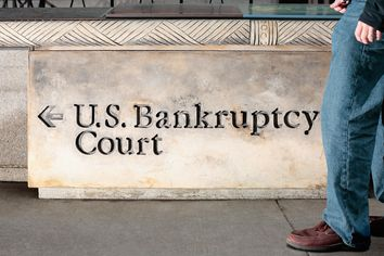 Can I Walk Away From My House After Bankruptcy?