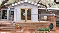 Mobile Home Remodeling Ideas That'll Create Curb Appeal in Spades