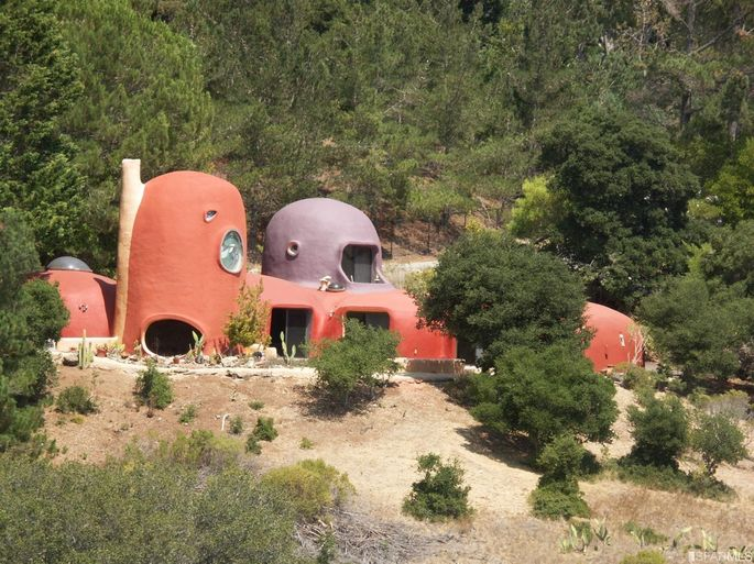 Flintstone House