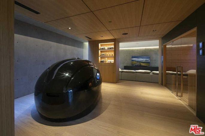 DreamPod lounge