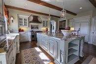 American Colonial Style and Decor