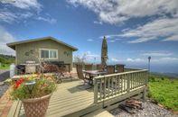 Tiny House: Magical Mountain Retreat on Maui