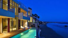Swingin' Broad Beach House: Frank Sinatra Wanted It, Now You Can Have It