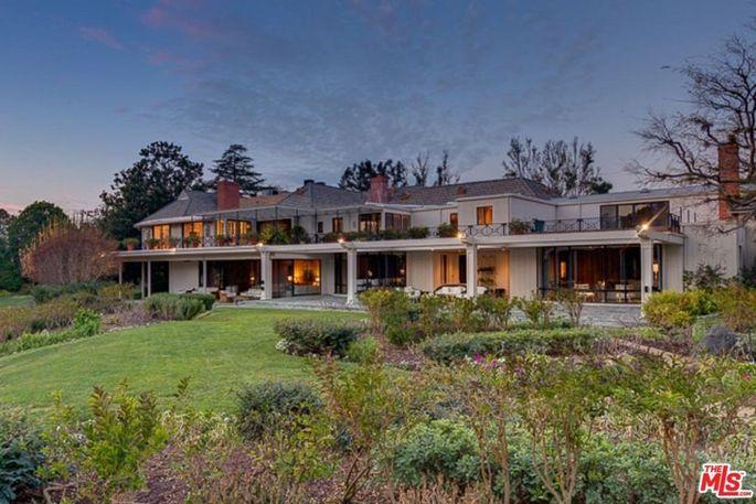The Bob Hope Estate in Toluca Lake, CA