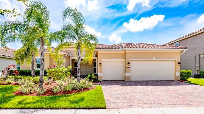 Four-bedroom home in Port St. Lucie, FL