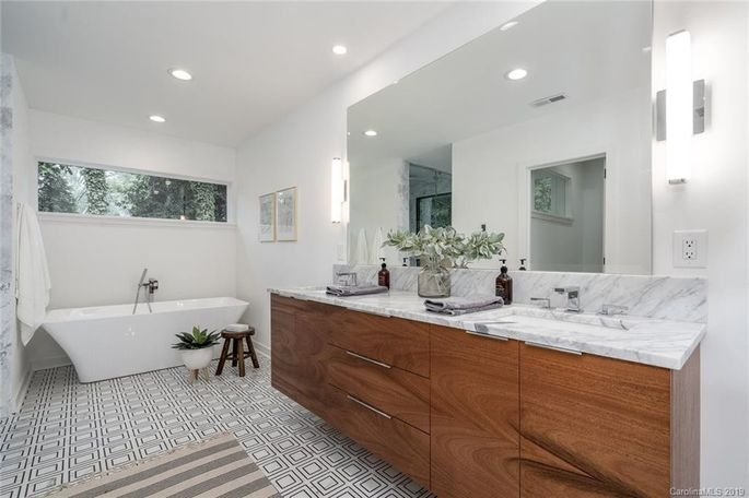 This is a bathroom we'd look forward to seeing every morning.