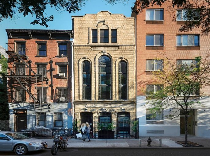 The former Eighth Street Shul in Manhattan, now a townhome