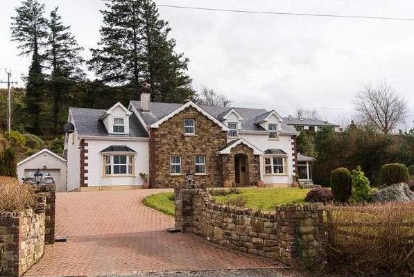 Five-bedroom cottage in County Donegal