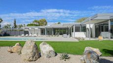 Steel and Glass House: Donald Wexler's Final Creation for Sale in Palm Springs