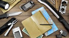 15 Essential Items to Include in an Emergency Survival Kit