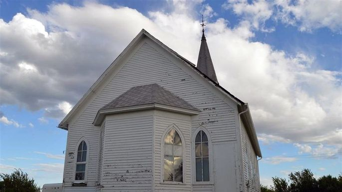 You Can Buy an Antique Chapel for $13,500—There\'s Just One Catch ...