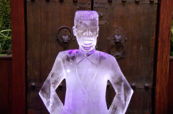 An ice sculpture of Ryan Serhant