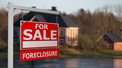 What Is the Difference Between a Short Sale, Pre-foreclosure, and Foreclosure?