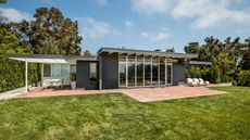 Case Study House #18in Pacific Palisades on the Market for $10M