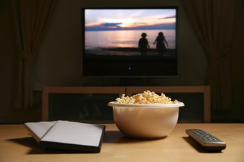 How to Set Up the Ultimate Binge-Watching Room