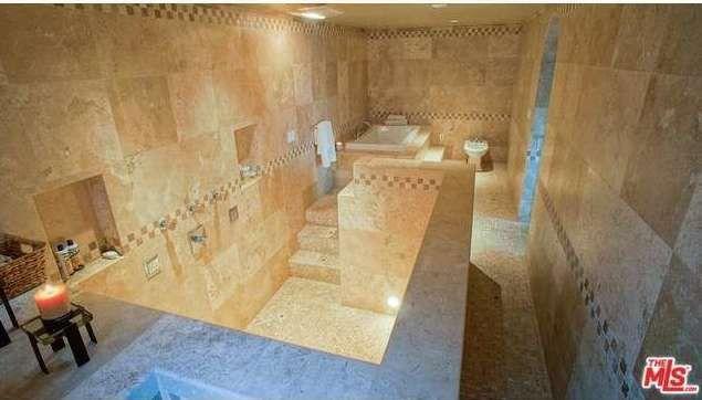 The masterbathroom