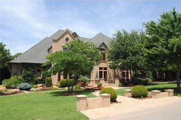Sooners Coach Bob Stoops Selling Oklahoma Home for $2.1M (PHOTOS)