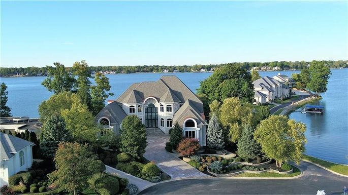 Paul George's waterfront estate