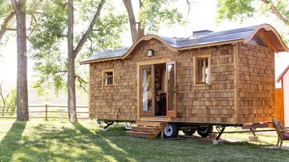 'Amazingly Open' Tiny House in Wyoming Changes the Form of Wee Abodes