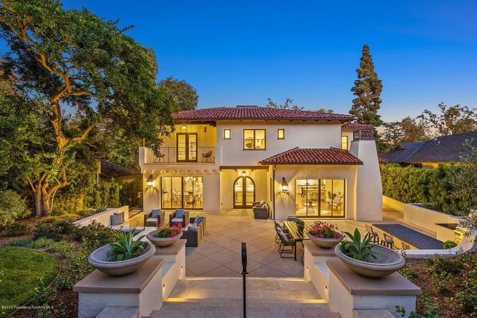 The actor's brand-new Pasadena home