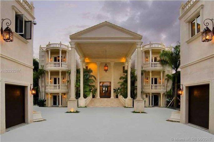 """Miami mansionbelonging to """"Birdman"""""""