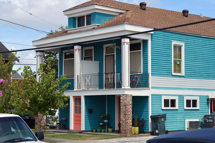 You'll get to know your neighbors from your front porch in Mid-City.
