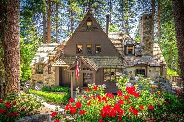 Paul Williams Lake Arrowhead cottage