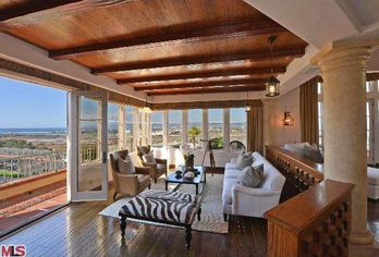 Jerry Buss' Mansion Goes for $5.1 Million