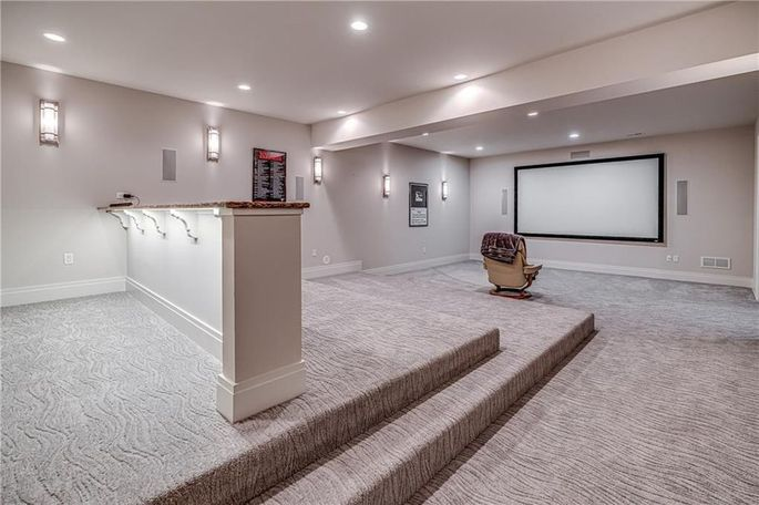 Phil Kessel's home theater