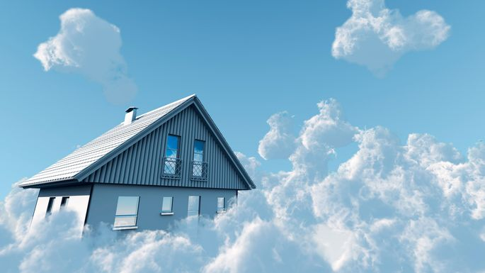dream-home-in-clouds