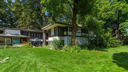 Frank Lloyd Wright Fixer-Upper Is for Sale, but the Repairs? Scary!