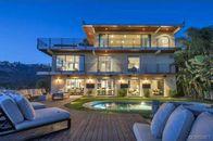 Lions' Reggie Bush Lists Designer Den in L.A.