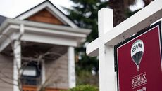 Mortgage Rates Steady as Fed Weighs Further Cuts