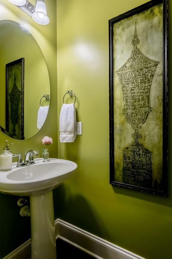 Don't be afraid of eye-popping colorsin atiny bathroom.