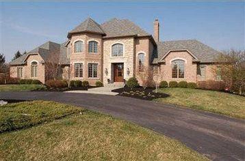 Carson Palmer Sells Cincinnati House, Looks for Exit (PHOTOS)