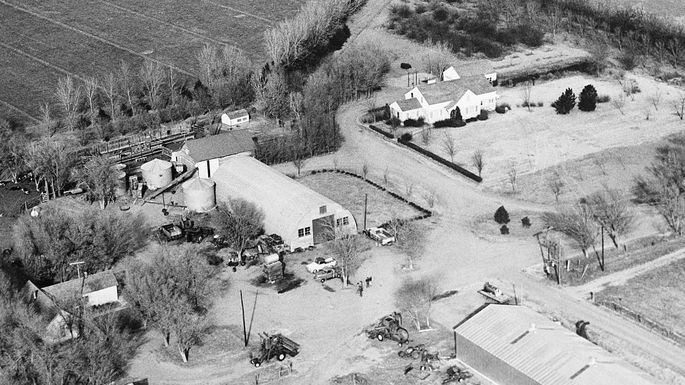 Aerial view of the Clutter farm in Holcomb, Kansas in 1960.