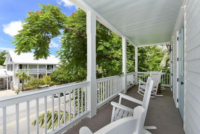 Proper front porch
