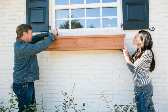 Fixer upper window box