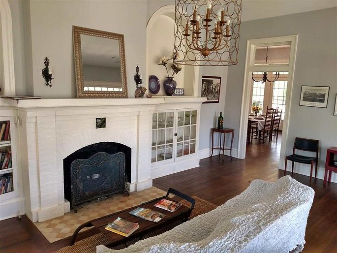 Fixer Upper Classic From Season 1 Is Listed In Waco For