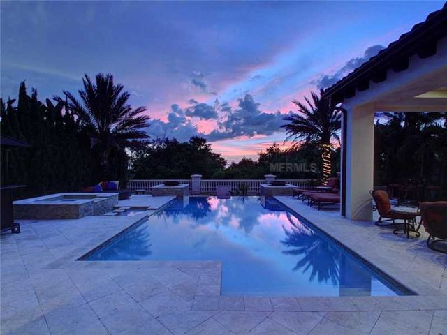 rob-gronkowski-sells-party-mansion-in-tampa-22