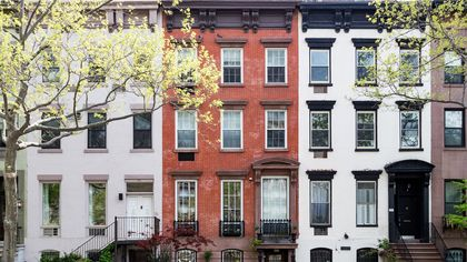 What Is a Multifamily Home? Owning Many Units Can Lead to a Steady Cash Flow